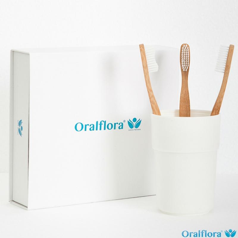 Oralflora® Bambuszahnbürste mit weißen Borsten (vegan)